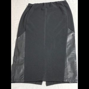 Gently Used Black Midi Skirt W/ Faux Leather!
